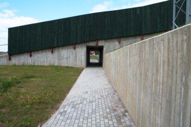 Tehvandi suusastaadioni tunnel ja tugimüürid
