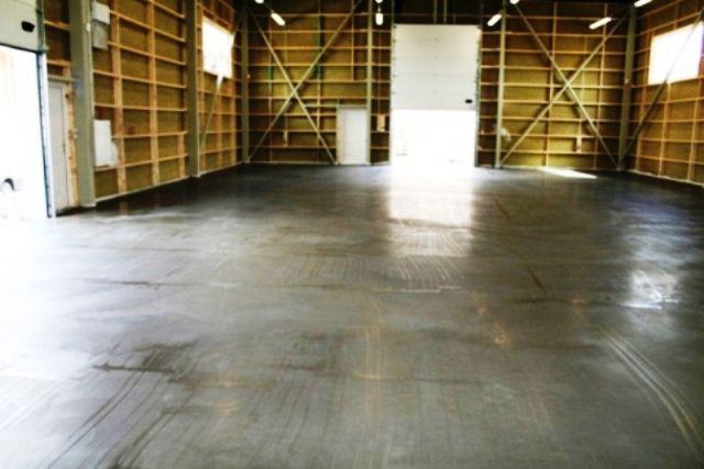 Floor of industrial building
